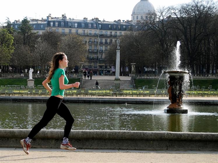 Runner in Luxembourg Gardens